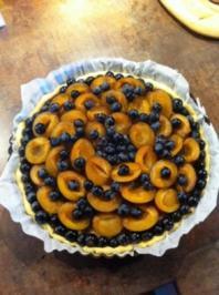 Zwetschgenkuchen mit Trauben und Zimt - Rezept