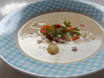 Rezept: Suppen: Pikante Blumenkohl-Creme-Suppe mit Karotten und Cabanossi