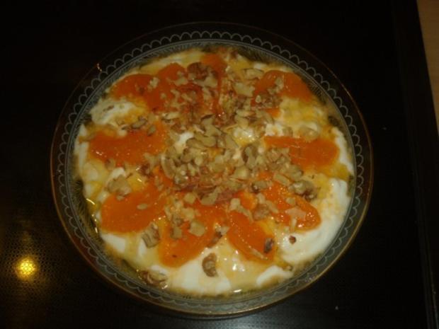 Joghurtdessert mit Mandarine und Walnuss - Rezept