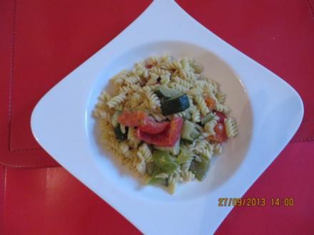 Vegetarisch: Gemüse-Nudelpfanne - Rezept