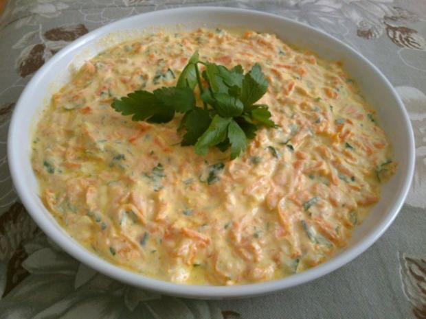 Türkischer Karottensalat mit Joghurt - Rezept