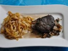Kochen: Steinpilztagliatelle mit Trüffelöl Austernpilzen und Hirschsteak - Rezept