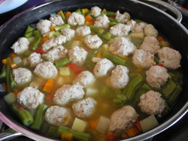 Suppe & Eintopf : Bunter Topf - Rezept