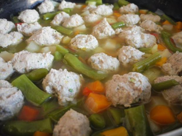 Suppe & Eintopf : Bunter Topf - Rezept - Bild Nr. 2