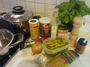 Spaghetti mt frischer Tomatensoße - Rezept