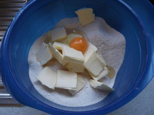 Apfelkuchen mit Schmand und Streusel - Rezept - Bild Nr. 5