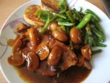 Schweinelachsbraten mit Butterpilzen und grünen Bohnen - Rezept