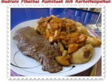 Fleisch: Pikantes Rumpsteak mit Kartoffelspalten und Tomatensoße - Rezept