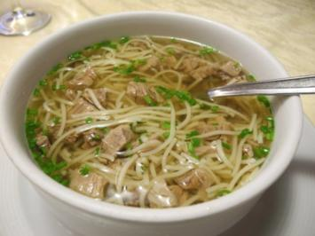 Suppe & Eintopf : Nudelsuppe mit Tafelspitz - Rezept