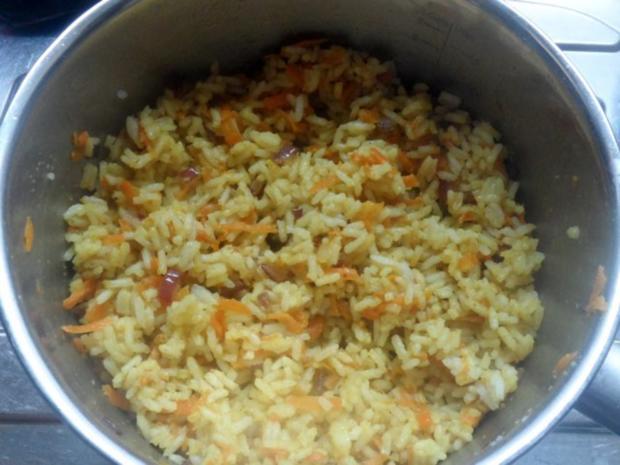 Teriyaki-Hähnchen mit Mango-Erdnuss-Soße, Curry-Möhren-Reis und Granatapfel-Gurken-Salat - Rezept - Bild Nr. 11