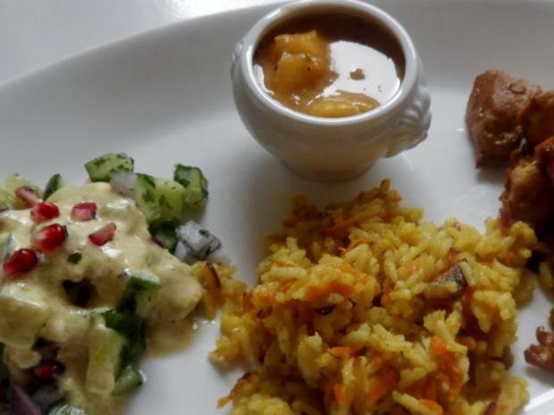 Teriyaki-Hähnchen mit Mango-Erdnuss-Soße, Curry-Möhren-Reis und Granatapfel-Gurken-Salat - Rezept - Bild Nr. 15