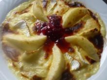 Eierkuchen mit Camembert,Williams Christbirne und Käsecreme überbacken - Rezept