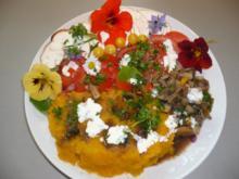Kürbis-Butternut Brei mit Rohkost und Pilzen - Rezept