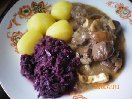 Steinpilz-Wildschwein-Rahmgulasch - Rezept