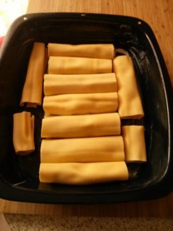 Cannelloni mit Gorgonzolakürbis-Ziegenkäse-Füllung und Bechamelsoße überbacken - Rezept - Bild Nr. 6