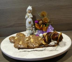 Weihnachtsgebäck : Schokoladen- Erdnuss- Plätzchen - Rezept