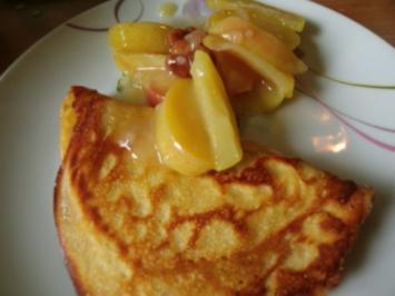 Süße Mahlzeit -fluffige Eierkuchen mit Apfelpudding - Rezept