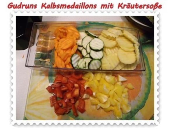 Fleisch: Kalbsmedaillons mit Käse-Kräutersoße und gedämpften Gemüse - Rezept - Bild Nr. 6