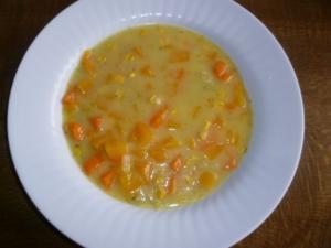 Butternusskürbis-Cremesuppe mit Mais - Rezept
