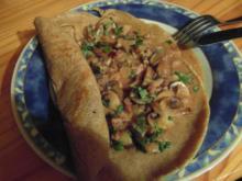 Kräuterpfannkuchen mit Pilzragout - Rezept