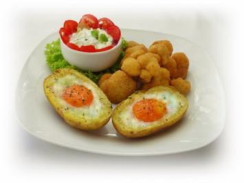 Panierter Blumenkohl dazu gebackene Kartoffeleier - Rezept