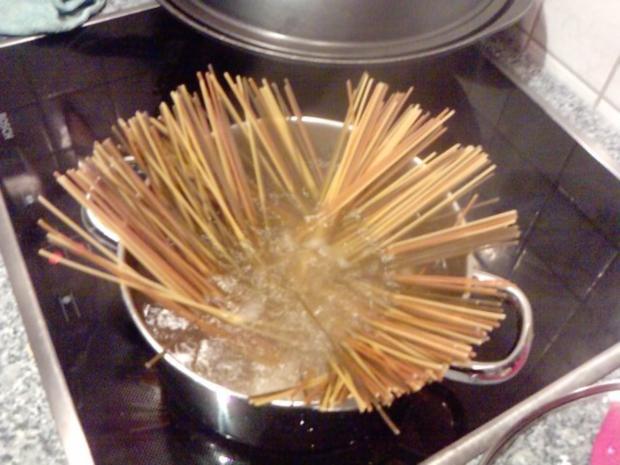 DIE SPECK-WEG-PASTA  Spaghetti Carbonara die Light-Version - Rezept - Bild Nr. 5
