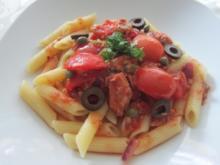 Penne mit Tomaten-Thunfischsauce - Rezept