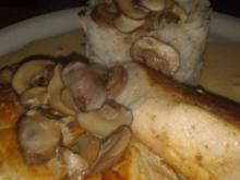 Gebratene Hähnchenbrust mit Champignonrahmsoße - Rezept