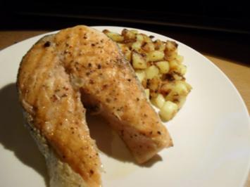 Lachssteak mit Bratkartoffeln - Rezept