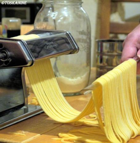 Spaghetti mit Blitz-Tomatensauce - Rezept - Bild Nr. 9