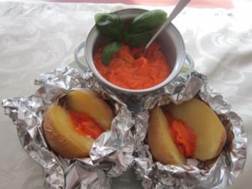 Folienkartoffeln mit Tomatenbutter - Rezept