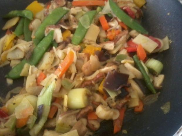 Zander-Nudelauflauf mit Gemüse und Steinpilzen - Rezept - Bild Nr. 5