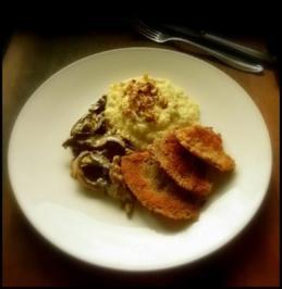 Kartoffelpüree mit Blauschimmelkäse und Walnüssen, dazu Parasolpilz-Schnitzel und Hexen - Rezept
