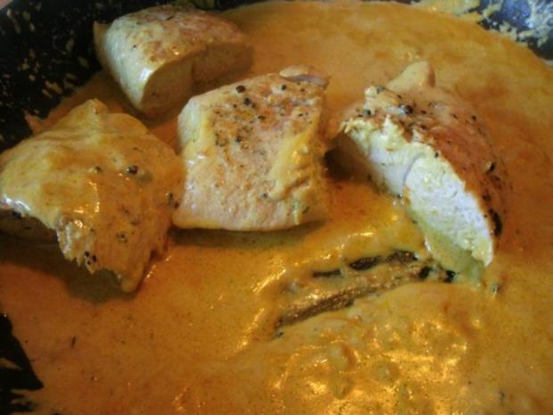 Putenfilet in Käse - Currysauce - Rezept