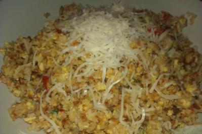 Schneller Eier-Reis mit Käse - Rezept