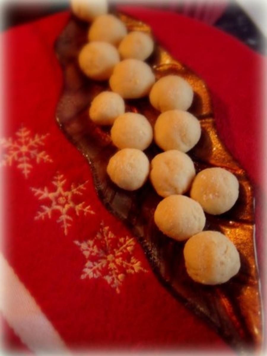 weihnachtspl tzchen orangen b llchen rezept. Black Bedroom Furniture Sets. Home Design Ideas