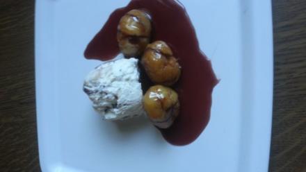 Maronen mit Karamel-Portweinsoße und Eis - Rezept