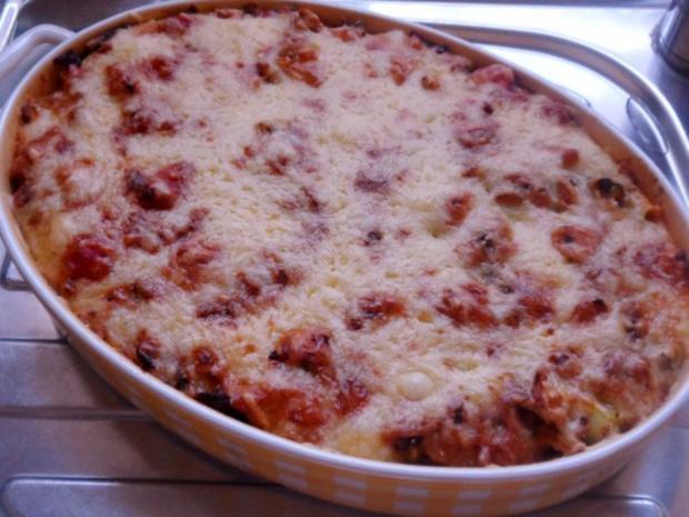 Hähnchen-Nudel-Auflauf mit Champignons, Broccoli und Tomaten-Sahne-Soße - Rezept - Bild Nr. 14