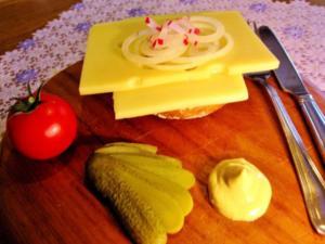 """Halver Hahn"" - der berühmte Kölner Kneipen-Snack - Rezept"