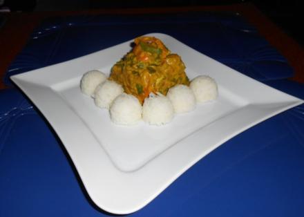 Buntes Gemüse mit Reisbällchen - Rezept