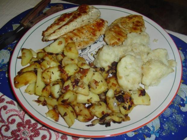 Bratkartoffel und Blumenkohl mit Hähnchenbrustfilet - Rezept