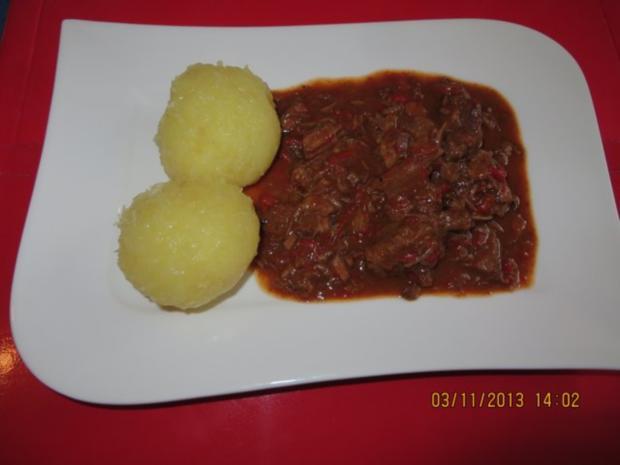 Kochen Rindergulasch Mit Paprika Rezept Kochbarde