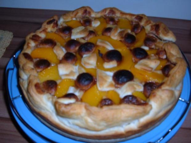 Blätterteig : Kuchen mit Pfirsich - Pudding - Marzipan - Rezept - Bild Nr. 2