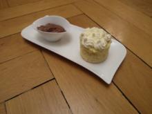 Catalanisches Apfelcreme-Küchlein mit warmer Schokolade - Rezept