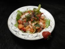 Grüner Salat an Mozzarella und Erdbeeren - Rezept