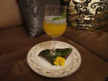 Mango-Mousse an Mohnsoße - Rezept