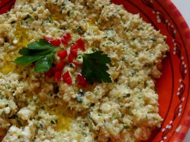 Vorspeisen/Dips: Würziger Zucchini-Schafskäse-Dip - Rezept - Bild Nr. 9