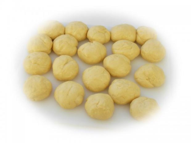 Maroni-Preiselbeer-Buchteln - Rezept - Bild Nr. 10