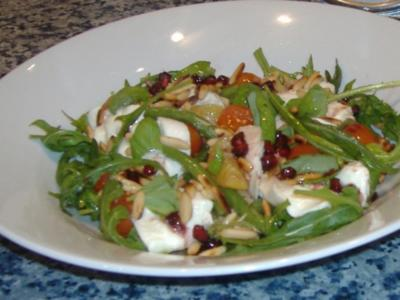 Lauwarmer Herbstsalat mit Granatapfelvinaigrette - Rezept