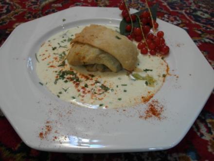 Gemüse-Strudel auf Sauerrahm - Rezept